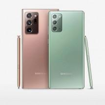 Tampilan bagian belakang Samsung Galaxy Note20 Series, yang terdiri dari Samsung Galaxy Note20 dan Samsung Galaxy Note20 Ultra. Masing-masng varian Samsung Smartphone tersebut dibekali tiga kamera yang terintegrasi. (Foto: Samsung.com)