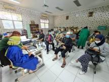 Vaksinasi Diskes dan SinarMas Land