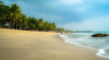 Wisata Pantai Anyer, Serang, Banten (Foto:http://anyerpedia.com)